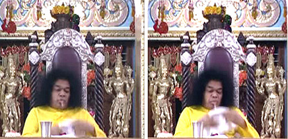 Faked 'materialization' of lingam from stomach by Sai Baba, 2004