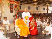 K.R.Paramahamsa and his wife with SB
